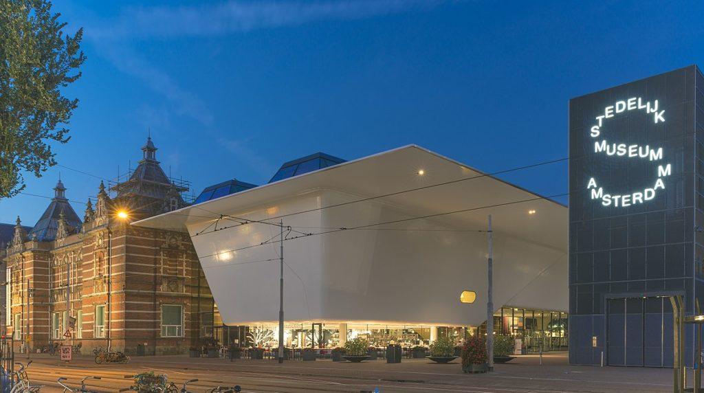 Stedelijk_Museum_Amsterdam