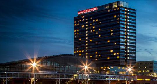 Taxi Mövenpick Hotel Amsterdam